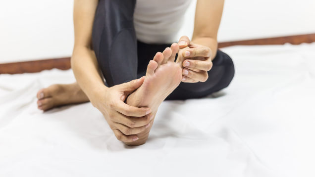 How to Recover After Stubbing a Toe